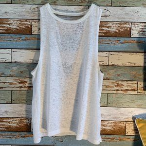 *NWOT* BILLABONG White Knit Open Back Tank Sz M